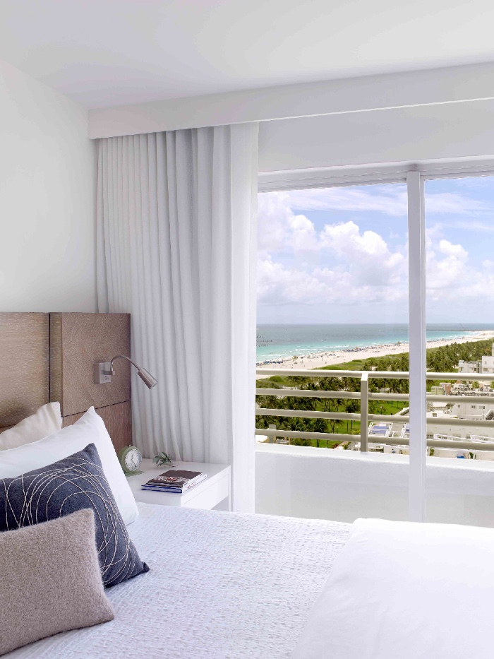 2a_The_James_Royal_Palm_Apartment_King_Suite_Ocean_View_16290_standard