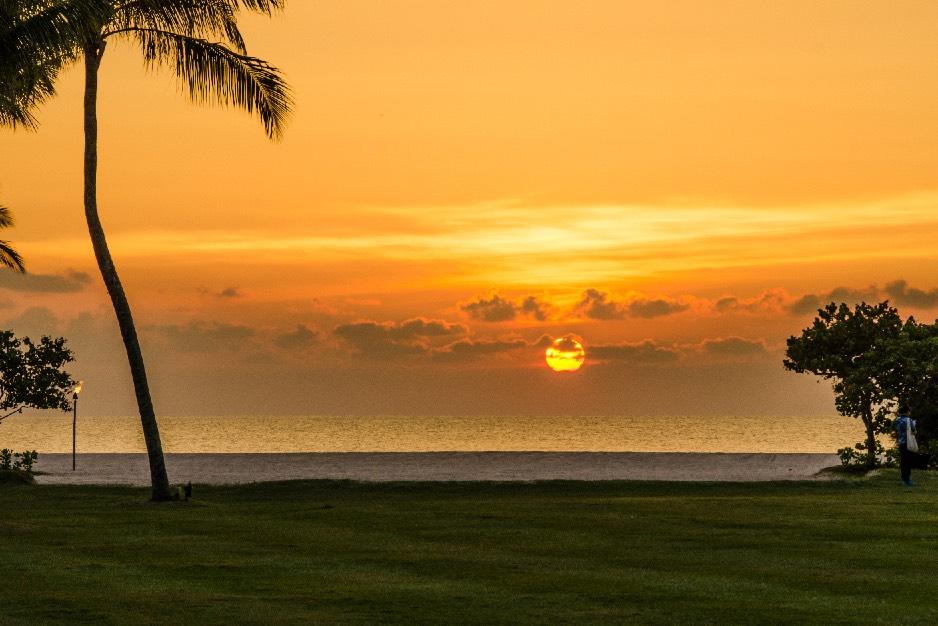 BestOfBorneo - 4 ShangriLa sunset wide (DSC_4740)