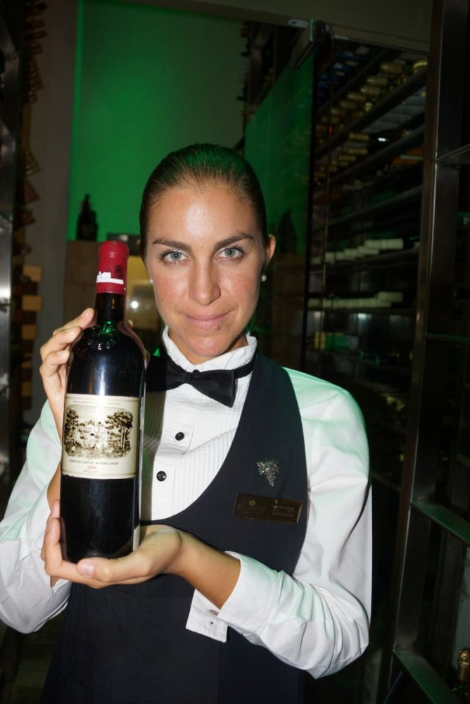 DSC08424 - T - Camila, the Chilean sommelier showing wines in the Cave