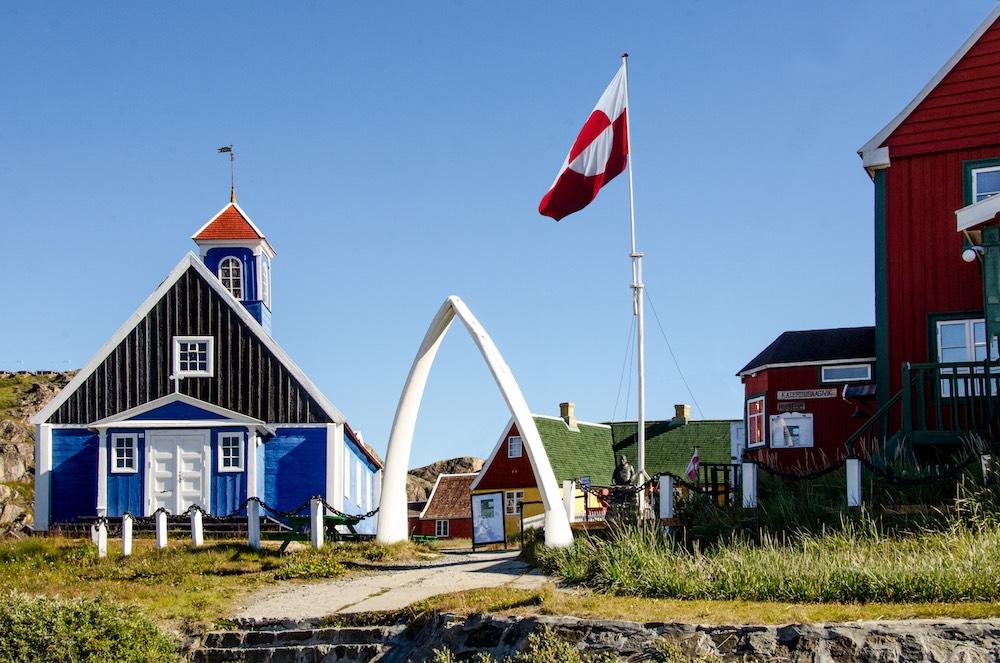 Grönlandskryssning - Sisimiut church & museum (5920 Bjorn)