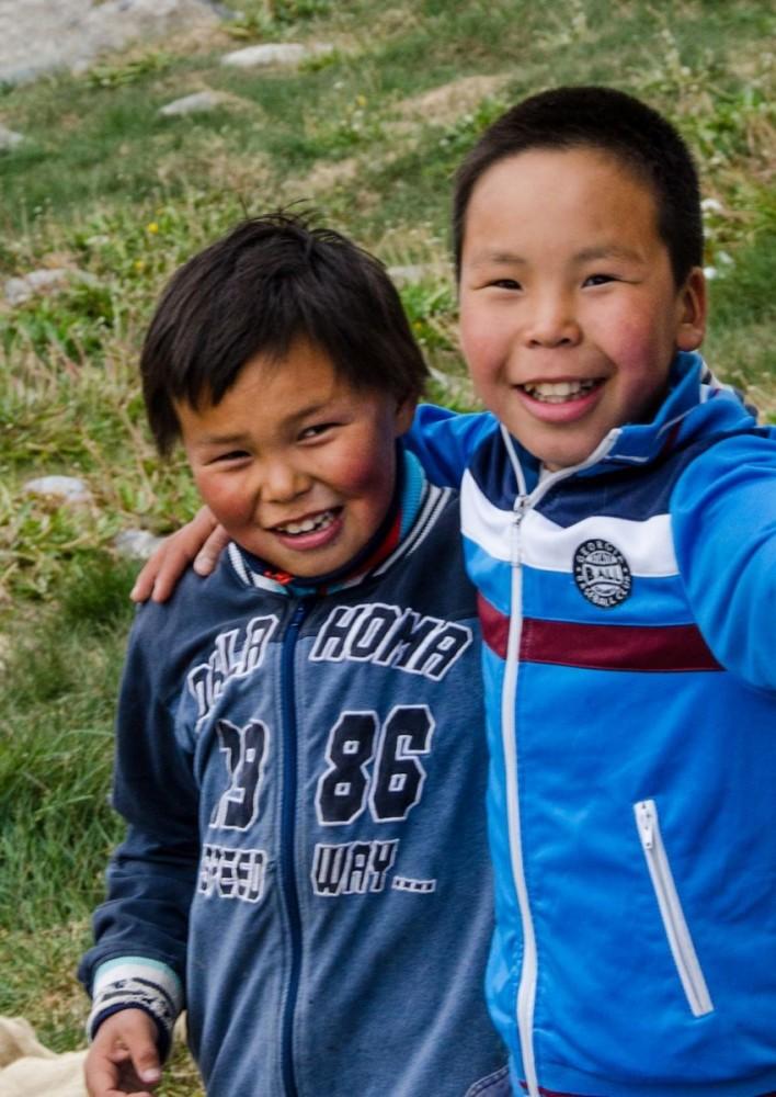 Grönlandskryssning - boys close-up (4291b Bjorn)
