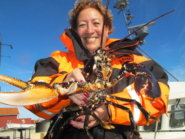 Hummer-Samira w lobster 2 (IMG_8591)