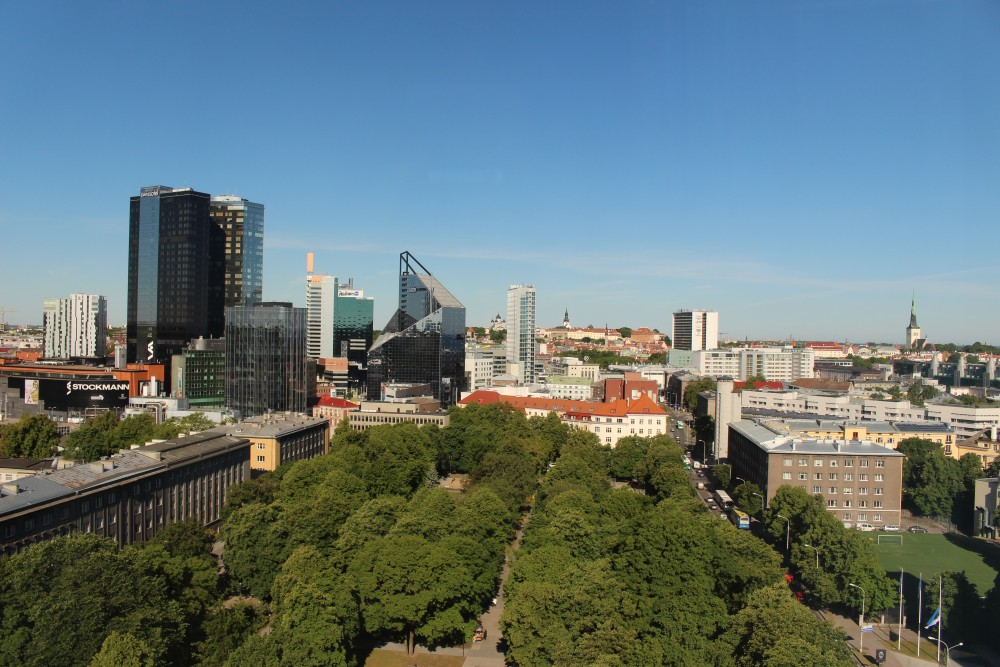 Utsikten från översta våningens rum. Foto: Matz Thomassen