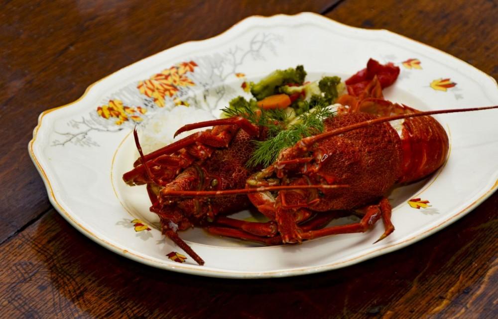 Illyria House - crayfish (16B0379)