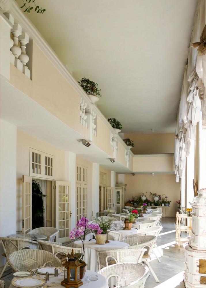 Illyria House - restaurant terrace (P1000202)