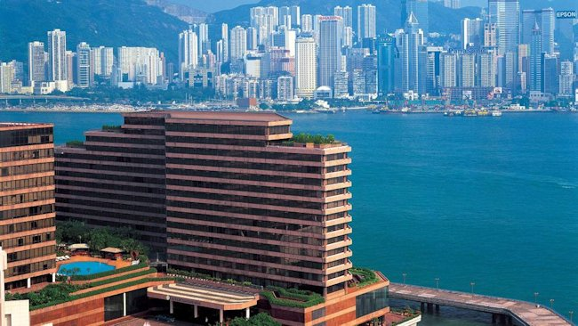 InterContinental-Hong-Kong-exterior-on-harbour