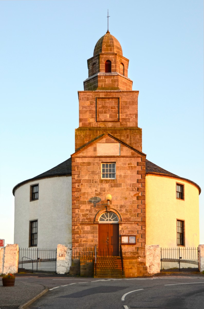 Islay Scotland - Bowmore round church (15A8590)