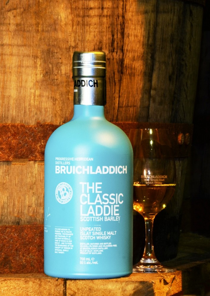 Islay Scotland - bottle Bruichladdich (15A8694)