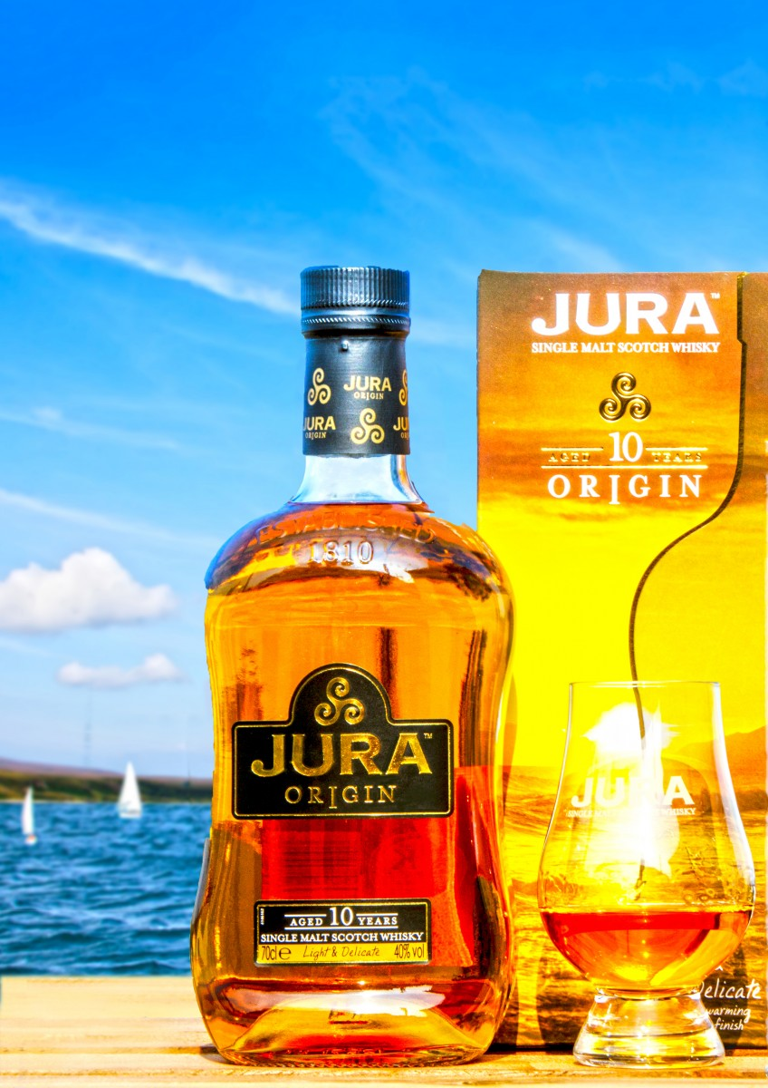 Islay Scotland - bottle Jura (15A9140 D)