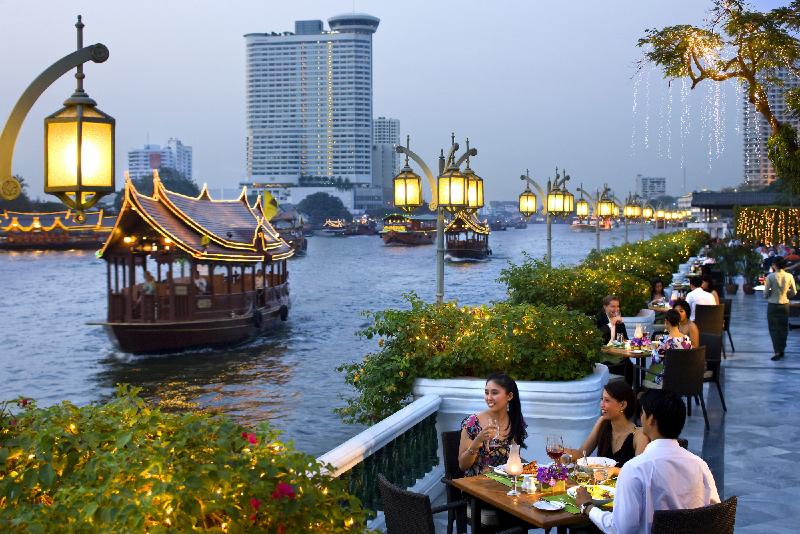 bangkok-restaurant-riverside-terrace-1