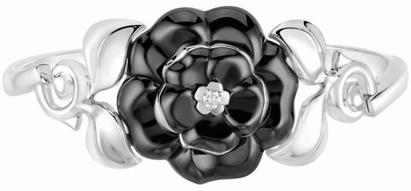 generous-curves-chanel-camelia-galbe-fine-jewelry-collection_3