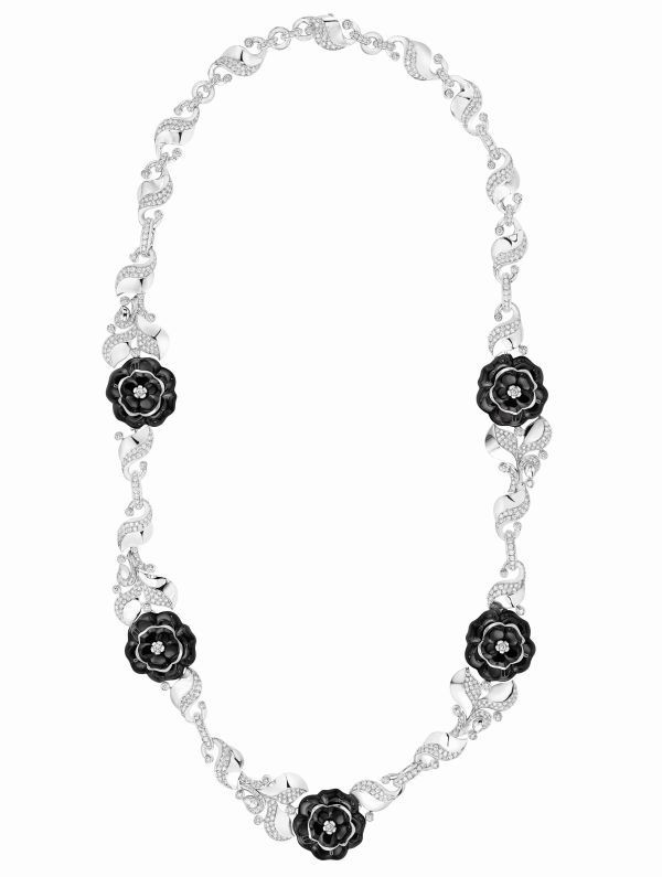 generous-curves-chanel-camelia-galbe-fine-jewelry-collection_6