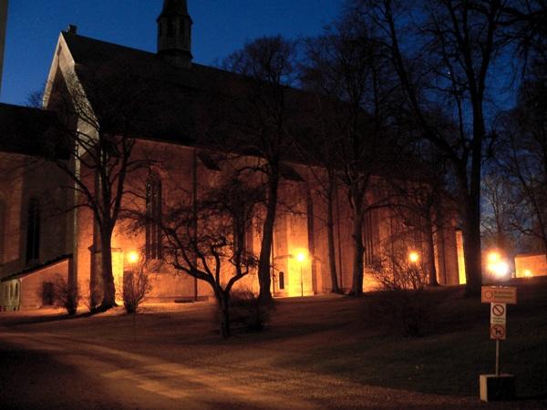 klosterkyrkan_natt