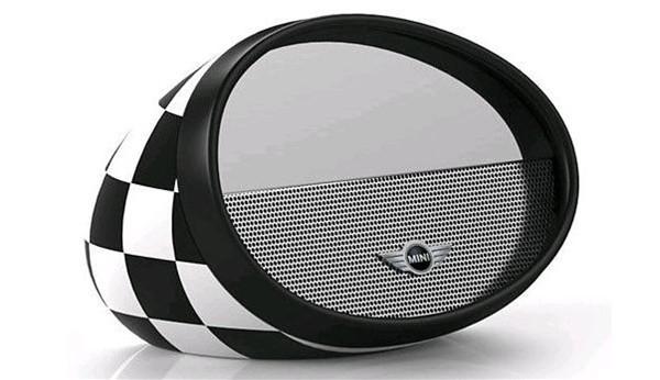 mini-speaker-cooper-mirror-boombox_1